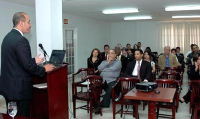 Feb 8 5PM Presentacion de Tratado de Promoción de Comercio en CNA. No faltes: 08 Feb 2007